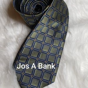 Jos A Bank Mens Silk Tie